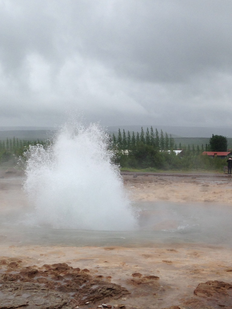 geysir eruption iceland