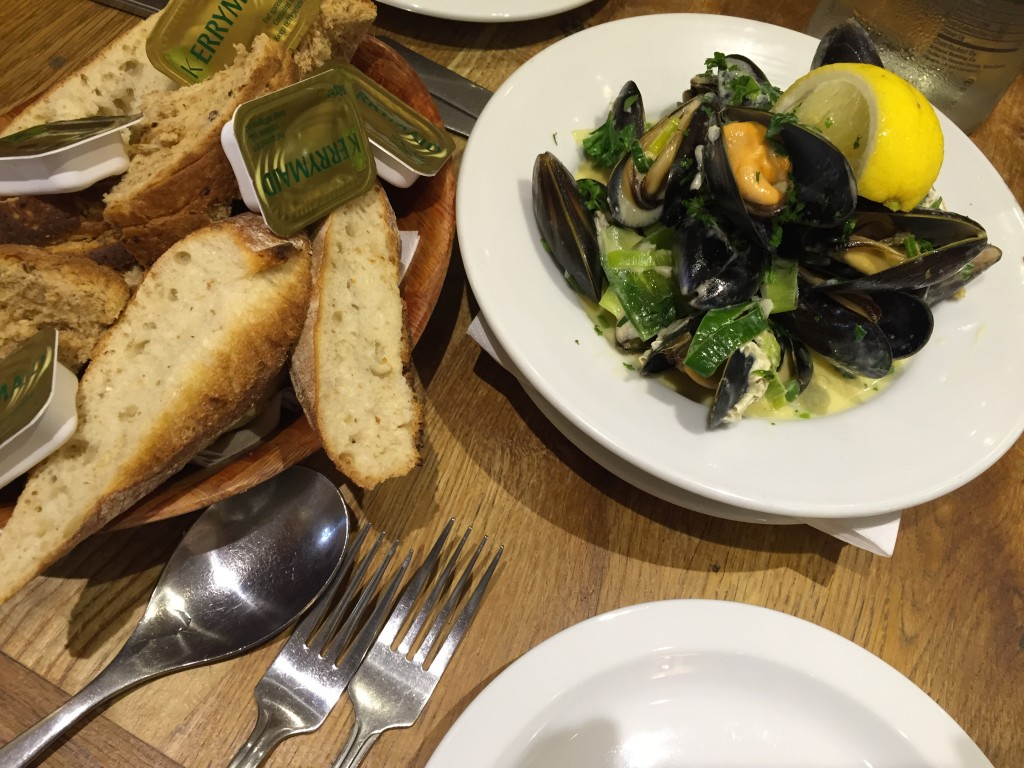 mussels at White's restaurant Hastings