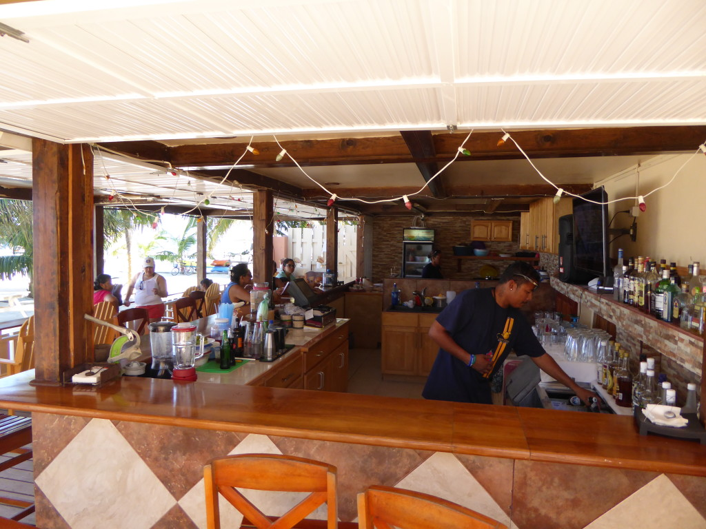 Island Magic Beach Resort bar