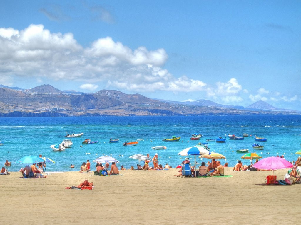 Why Families Should Head To The Canary Islands On Holiday