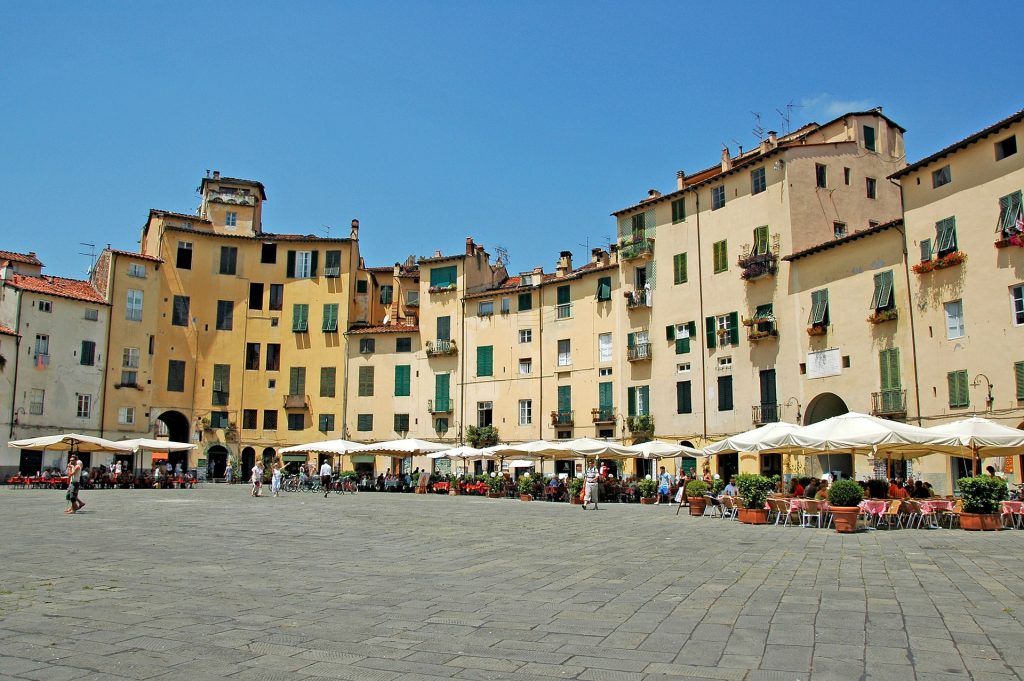 town square in Lucca