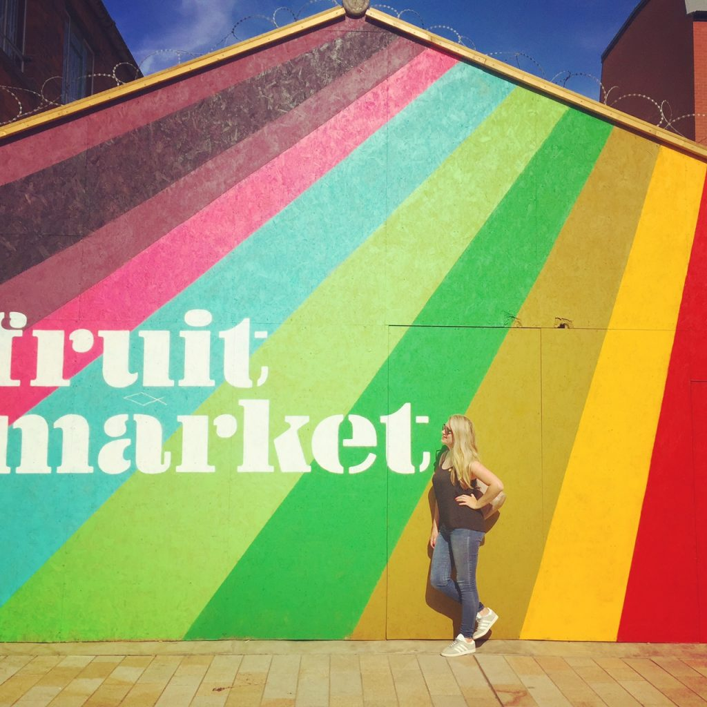 Hull Fruit Market sign