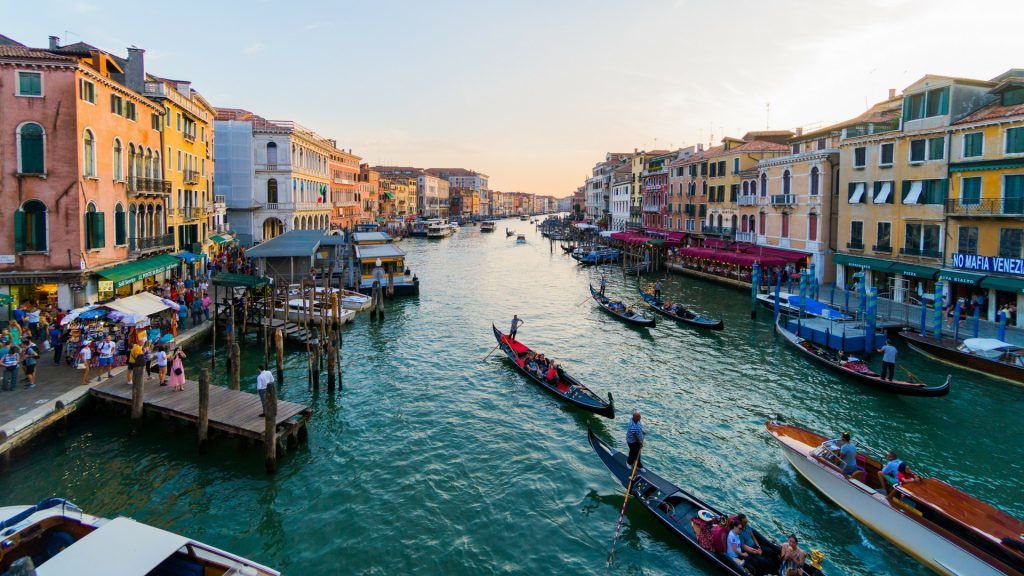 VENICE: travel blog culture, fun on a budget