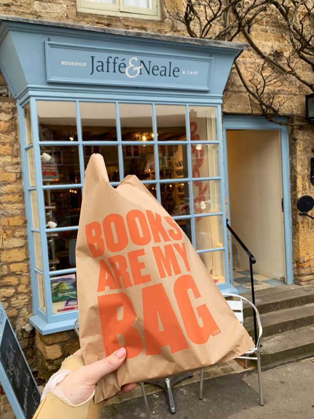 Jaffe and neale bookshop and cafe, Stow, dog friendly