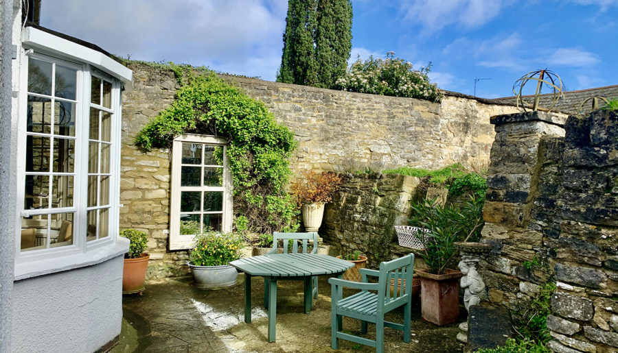 A Luxury Stay in the Cotswolds at The Marlborough Arms, Woodstock